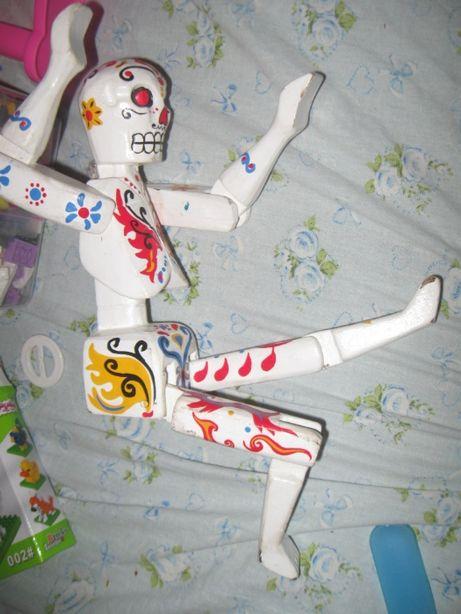интерьерная настенная деревянная фигурка ручной росписи(хеллоуим)