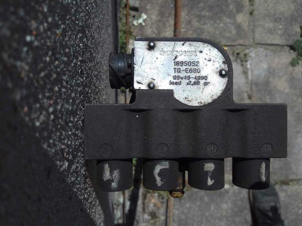 Smok paliwa Scania dłuższy do zbiorników od 900 do 1000 litrów
