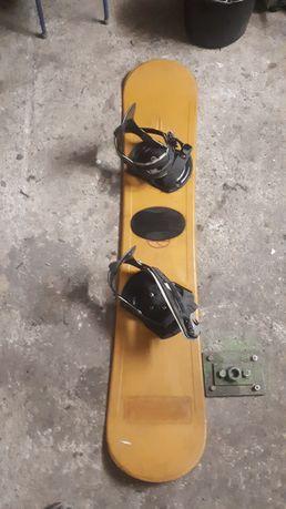 Deska snowboardowa 140cm
