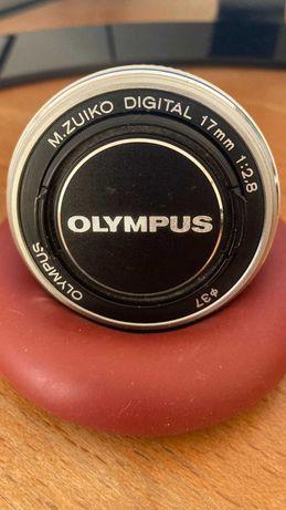 Olympus  Pancake 17mm - Sistema 4/3 (equivalente a 34mm Full Frame)