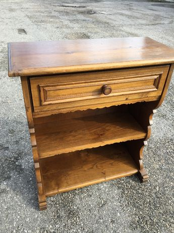 Piękna drewniana szafeczka, komódka z szufladą