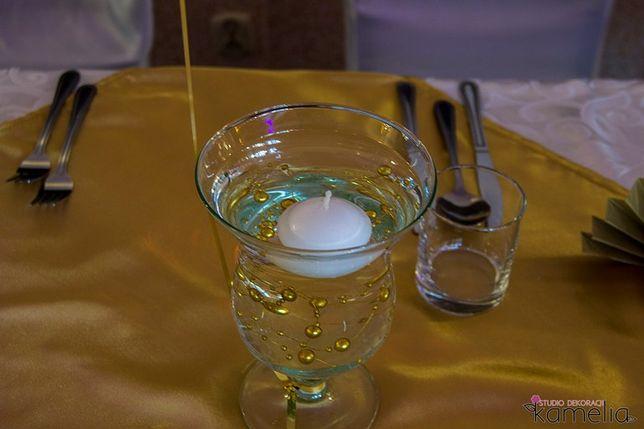 Szkliwo na świeczkę pływającą na kwiaty świecznik wazonik komunia