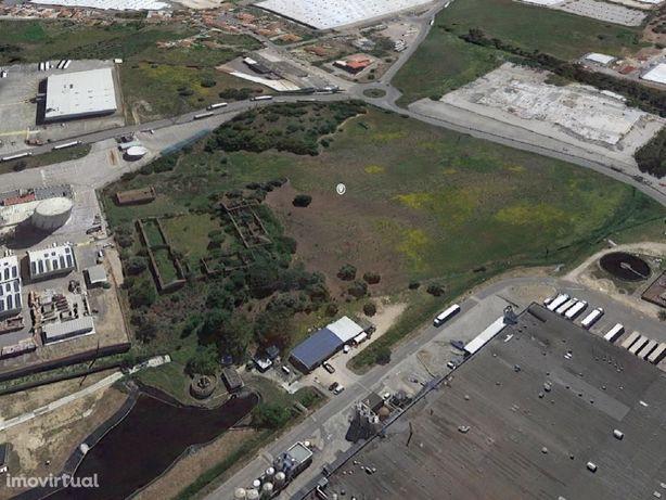 Grande terreno industrial e logístico