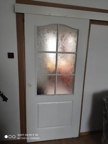 Drzwi przesuwne białe z witryną - POLSKONE 2,05cm x 92cm