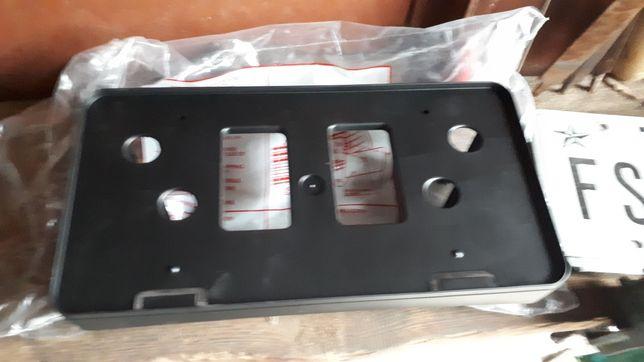 Рамка для крепления авто номера Toyota Camry