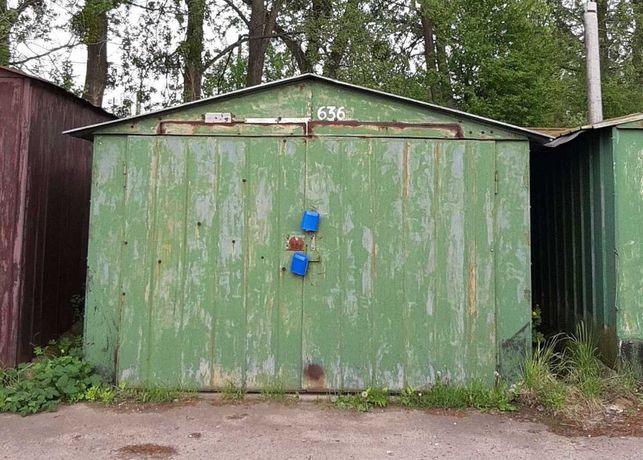 Металевий гараж на Левандівці