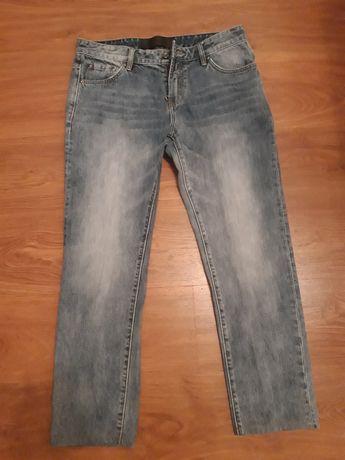 Мужские джинсы Dolce&Gabbana размер 36.оригинал