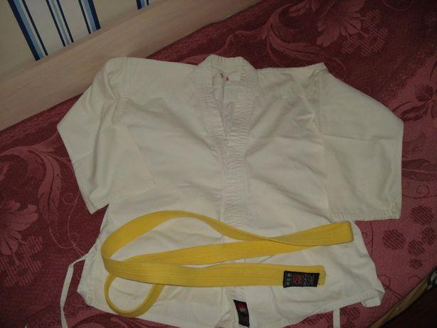 Продам костюм для занятий единоборствами р.150