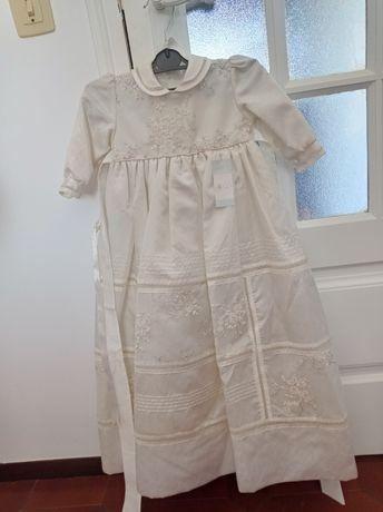 Vestido de batizado crianças