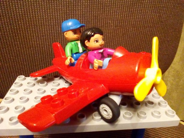 Lego самолет оригинал