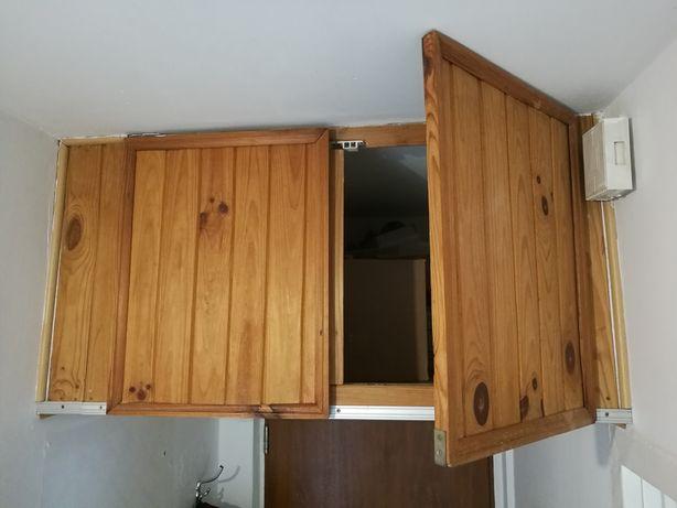 Drzwiczki drzwi do pawlacza , szafki drewniane z zawiasami