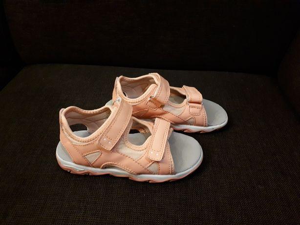 27 buty buciki sandałki lato