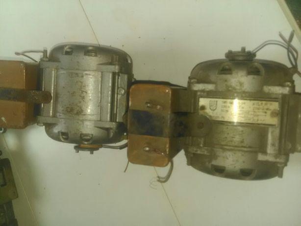 Счетная машинка СССР, - электродвигатель