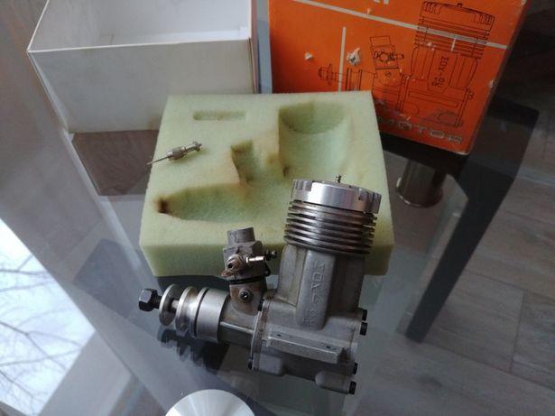 Silnik spalinowy RC Moki 10ccm