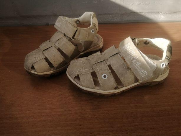 Сандалии детские кожа 25 р