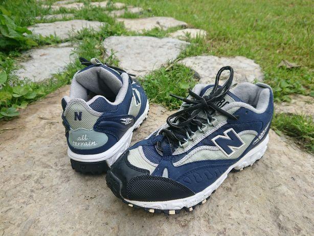 Вінтажні кросівки New Balance