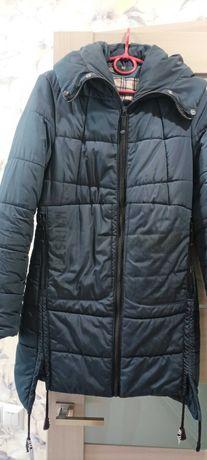 зимова куртка синього кольору