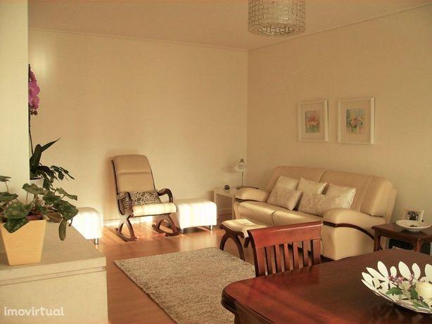 Excelente Apartamento T1 localizado na Alameda da Guia - ...