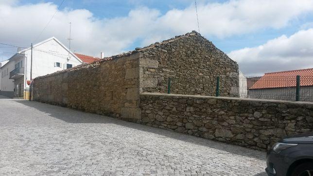Casa com terreno em Aldeia Velha Sabugal
