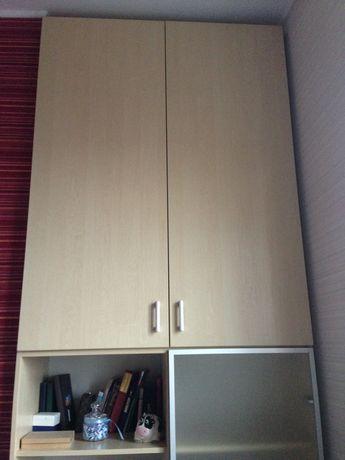 Шкаф из 2-ух частей