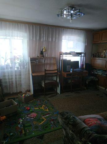 Продам дом на микрорайоне с отличным участком под застройку