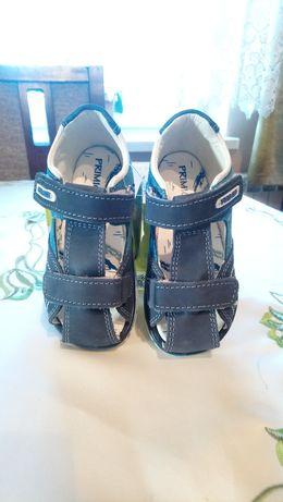 Sandały Sandałki Primigi skórzane nowe