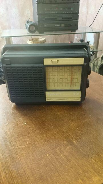 радио -Транзистор СССР Турист 312