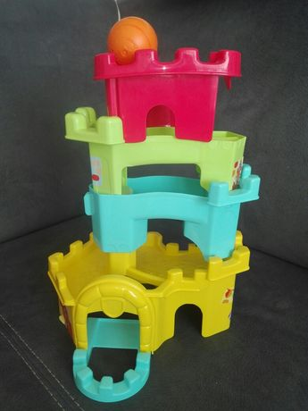 Wieża z piłeczką