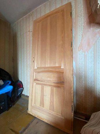DRZWI WEWNĘTRZNE z litego drewna sosnowego. Klamka mosiężna gratis