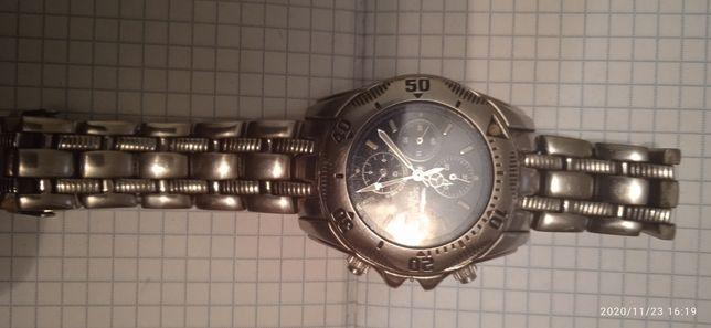 Часы Швейцария делали Италия Sector 950