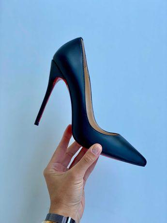 Черные кожаные туфли - лодочки Louboutin So Kate  Лабутены лабутен