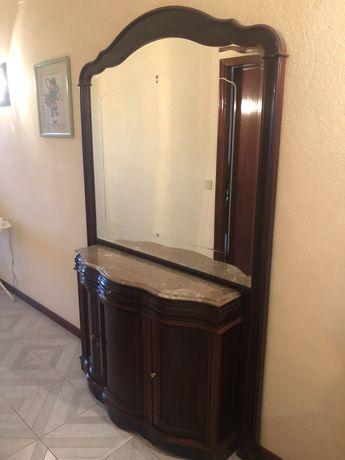 Móvel aparador/ sapateira com espelho e tampo em mármore