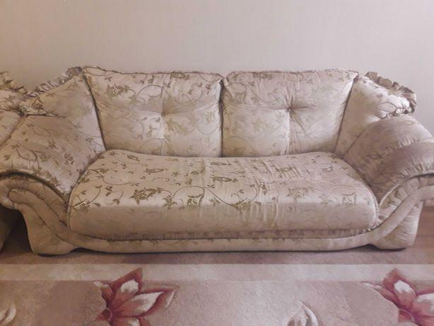 Мягкая мебель диван и кресла