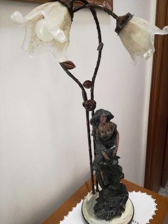 Candeeiro alto boneca ( antigo, bom estado)