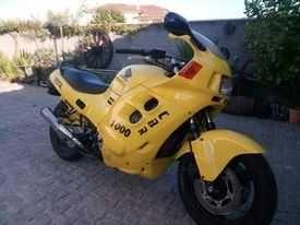 Honda CBR 1000  Ano 83 Isenta de selo