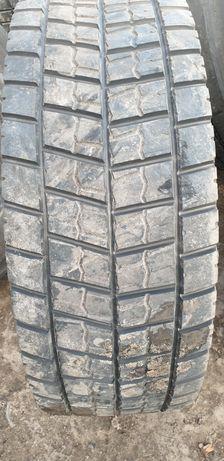 Opony używane ciężarowe w rozmiarze 295/60R22,5 Michelin