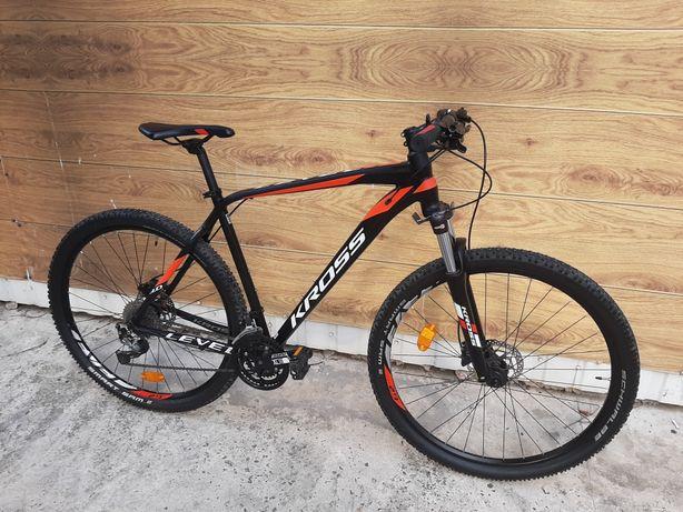 Велосипед Kross level  , 29 колеса , гідравлічні гальма , shimano 3x9