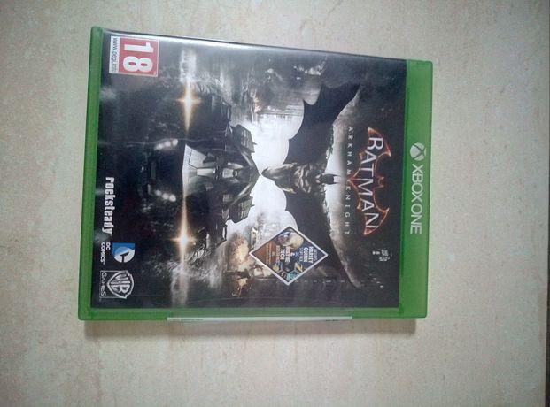 Sprzedam grę Batman Arkham Knight na konsolę Xbox One