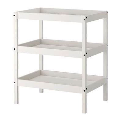 Muda fraldas Ikea