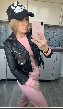 Кожаная куртка косуха,натуральная кожа,размер XS,на худенькую девушку