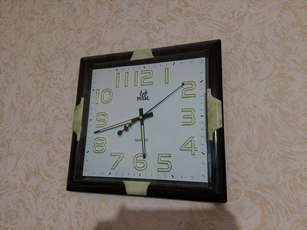 Часы настенные фосфорные