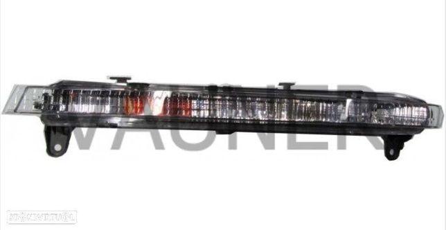 PEÇAS AUTO - Audi Q7 - 2009 / 2015 - Farol Auxiliar Diurno Esquerdo - FR1309