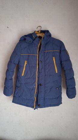 Курточка зимняя ,парка