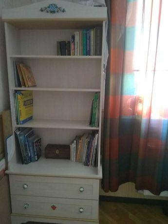 Мебель Cilek, серия Flora: комод с надстройкой, книжный шкаф и тумба