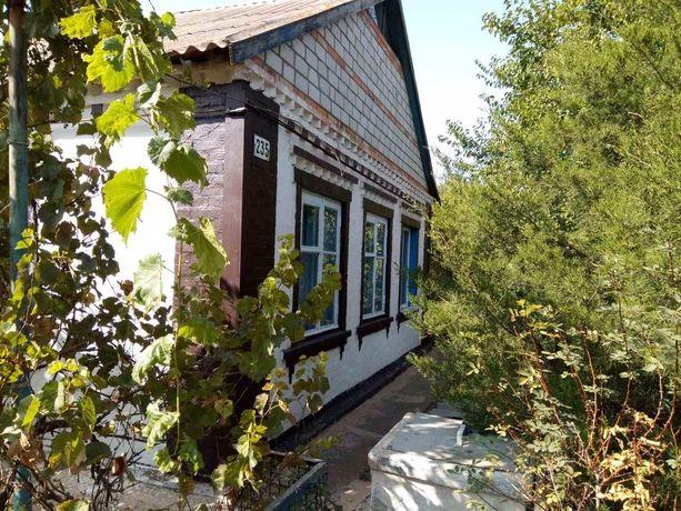 Продам жилой Дом с участком в с. Новоукраинка
