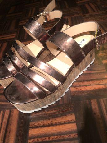 Sandálias zara cor: ouro rosa