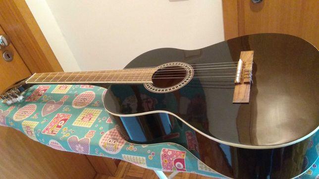 Guitarra clássica violão GIANNINI com trussrod para ajustar o braço