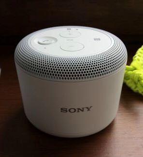 NOWY mocny, głośnik Sony BSP10 Bluetooth/NFC/indukcja Qi IOS android