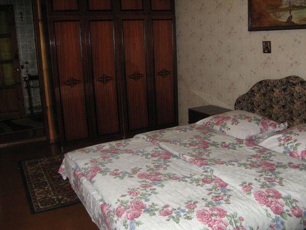 2-х комнатная квартира в центре города.