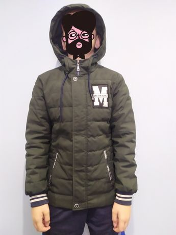 Демисезонная куртка на 11-12лет